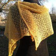 étole en dentelle de laine