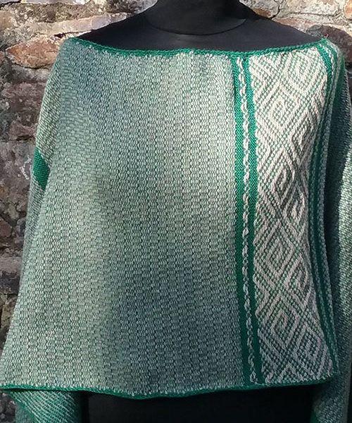 poncho vert artisanat