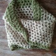 tour de cou au crochet laine shropshire teinture vegetale