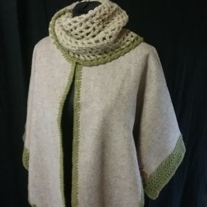 snood sur veste cape